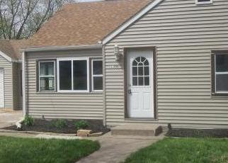 Foreclosed Home in Clinton 52732 HARRISON DR - Property ID: 4514391737