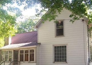 Foreclosed Home in Hastings 49058 BARBER RD - Property ID: 4514478895