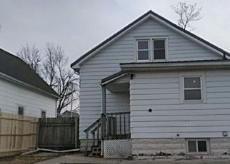Foreclosed Home in Cedar Rapids 52404 15TH AVE SW - Property ID: 4514534506