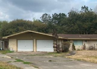 Foreclosed Home in Orange 77632 WINDSOR ST - Property ID: 4514598452