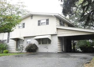 Foreclosed Home in Peabody 01960 BRAGG ST - Property ID: 4514634813