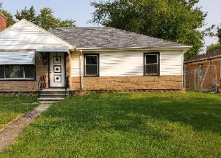 Foreclosed Home in Chicago Heights 60411 W 16TH ST - Property ID: 4514715388