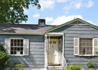 Foreclosed Home in Birmingham 35211 STEINER CT SW - Property ID: 4515066201