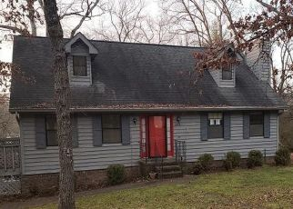 Foreclosed Home in Chattanooga 37415 FITEHAVEN DR - Property ID: 4515162112
