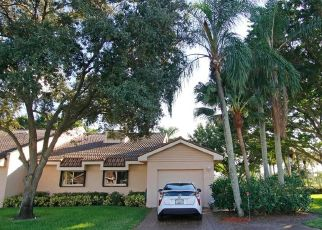Foreclosed Home in Lake Worth 33467 FOUNTAINS CIR - Property ID: 4515511633