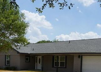 Foreclosed Home in San Antonio 78213 BLUET LN - Property ID: 4515580834