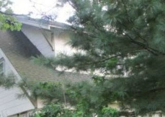 Foreclosed Home in Freeport 11520 ROSE ST - Property ID: 4515639516