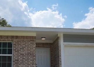 Foreclosed Home in Dallas 75216 BURNSIDE AVE - Property ID: 4515640840