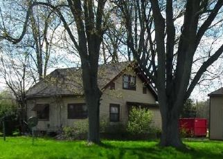 Foreclosed Home in Saginaw 48603 MIDLAND RD - Property ID: 4515714406