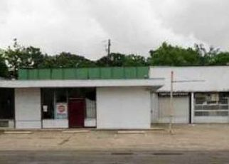 Foreclosed Home in Mobile 36610 S WILSON AVE - Property ID: 4515720993