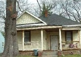 Foreclosed Home in Birmingham 35208 PRINCE AVE - Property ID: 4515757324