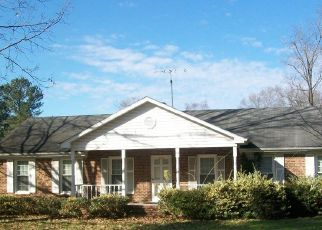 Foreclosed Home in Birmingham 35204 GRAYMONT AVE W - Property ID: 4515785359