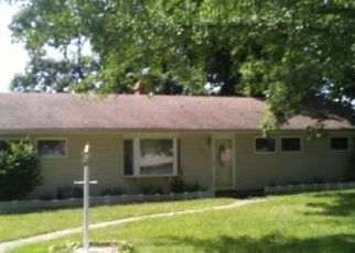 Foreclosed Home in Merrillville 46410 CONNECTICUT ST - Property ID: 4515847555