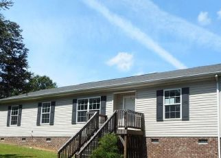 Foreclosed Home in Stoneville 27048 SETTLEMENT LOOP - Property ID: 4515882591