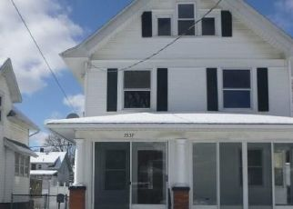 Foreclosed Home in Toledo 43612 HOMEWOOD AVE - Property ID: 4515884788