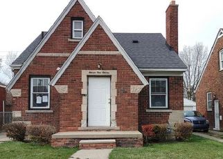Foreclosed Home in Detroit 48205 KENNEBEC ST - Property ID: 4515901870