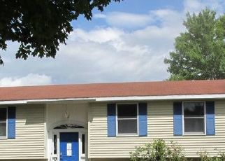 Foreclosed Home in Norway 04268 ELM ST - Property ID: 4515917634