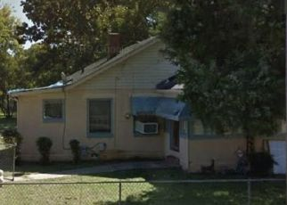 Foreclosed Home in Birmingham 35221 ELLIS AVE SW - Property ID: 4515936464