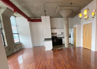 Foreclosed Home in Chicago 60657 W ROSCOE ST - Property ID: 4515949157