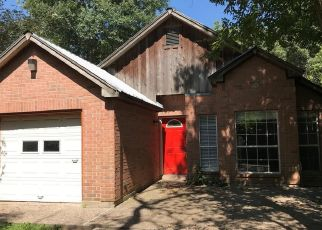 Foreclosed Home in Pearland 77581 N AUSTIN AVE - Property ID: 4516050333