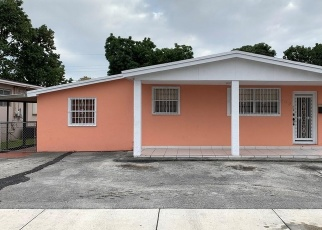 Foreclosed Home in Hialeah 33010 W 17TH ST - Property ID: 4516120408