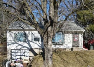 Foreclosed Home in Sioux City 51103 W 25TH ST - Property ID: 4516433565