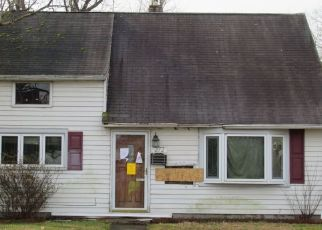 Foreclosed Home in Pottstown 19464 W CHESTNUT ST - Property ID: 4516547883