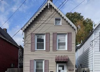 Foreclosed Home in Hagerstown 21740 N LOCUST ST - Property ID: 4516548306