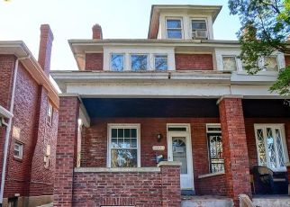 Foreclosed Home in Harrisburg 17103 N 16TH ST - Property ID: 4516550504