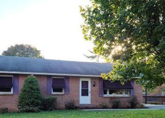 Foreclosed Home in Hagerstown 21742 DIXIE DR - Property ID: 4516563642
