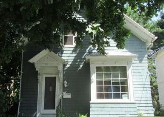 Foreclosed Home in Providence 02909 WHITTIER AVE - Property ID: 4516650351