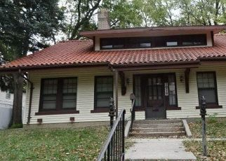 Foreclosed Home in Lincoln 68502 RYONS ST - Property ID: 4516681903