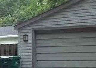 Foreclosed Home in Auburn Hills 48326 GANNON CT - Property ID: 4516793581