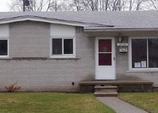 Foreclosed Home in Madison Heights 48071 PALMER BLVD - Property ID: 4516794902