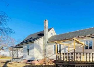 Foreclosed Home in Gladstone 49837 WISCONSIN AVE - Property ID: 4516836951