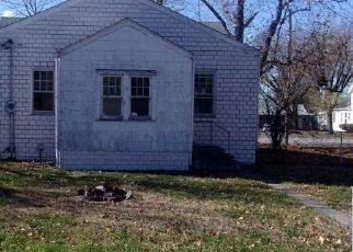 Foreclosed Home in Hoffman 62250 S BROADWAY - Property ID: 4516873284