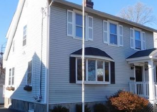 Foreclosed Home in Bridgeport 06605 CLARKSON ST - Property ID: 4516971389