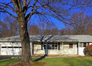 Foreclosed Home in Ansonia 06401 BRUNS RD - Property ID: 4516982339
