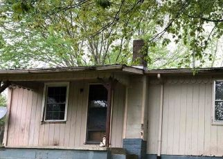 Foreclosed Home in Crab Orchard 40419 KY HIGHWAY 39 S - Property ID: 4516989345