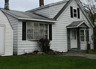 Foreclosed Home in Watertown 13601 HANCOCK ST - Property ID: 4517022191