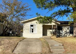 Foreclosed Home in Fort Worth 76112 GREENLEE ST - Property ID: 4517027905
