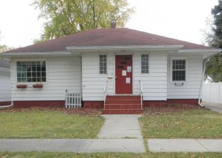 Foreclosed Home in Wahpeton 58075 9TH ST N - Property ID: 4517045411