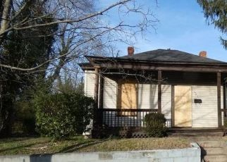 Foreclosed Home in Richmond 23222 HAZELHURST AVE - Property ID: 4517130826
