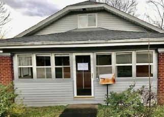 Foreclosed Home in Madisonville 42431 WELLS AVE - Property ID: 4517133893