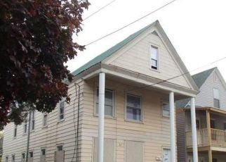 Foreclosed Home in Utica 13501 BLANDINA ST - Property ID: 4517152719