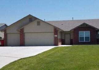 Foreclosed Home in Wichita 67226 E MILLRUN ST - Property ID: 4517180756
