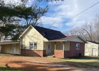 Foreclosed Home in Vandalia 62471 W WYANDOTTE ST - Property ID: 4517225869