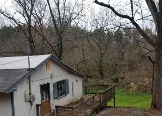 Foreclosed Home in Bluff City 37618 WEAVER BRANCH RD - Property ID: 4517323529