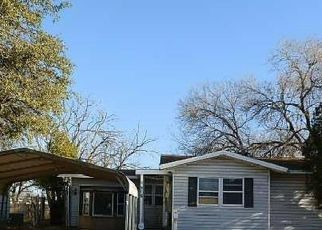 Foreclosed Home in Lubbock 79412 61ST ST - Property ID: 4517366892