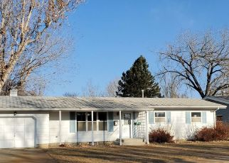 Foreclosed Home in Dickinson 58601 BENTON ST - Property ID: 4517408945